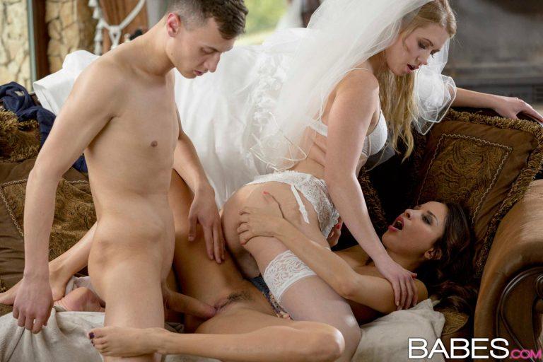 Порно видео трахнули невесту и ее подружку