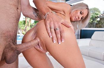 Emma Starr Busty Milf Rides Cock