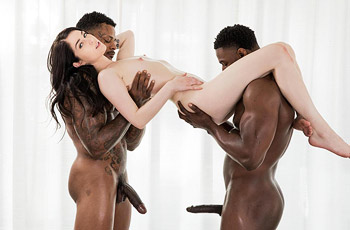 Evelyn Claire Interracial Fuck