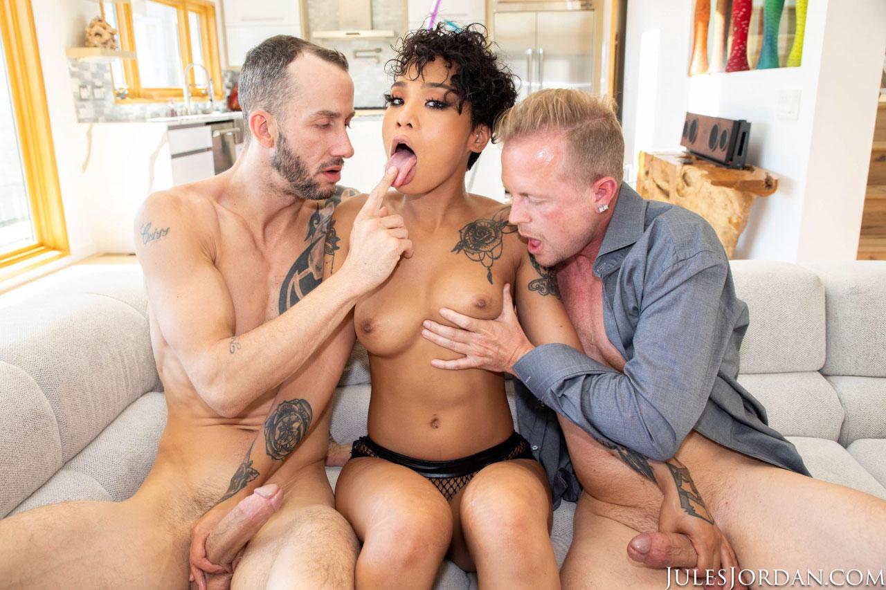 Big Ebony Ass Threesome