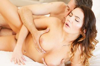 Vanessa Decker Sensual Sex