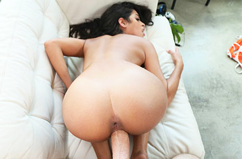 Vienna Black Hot Babe Drilled